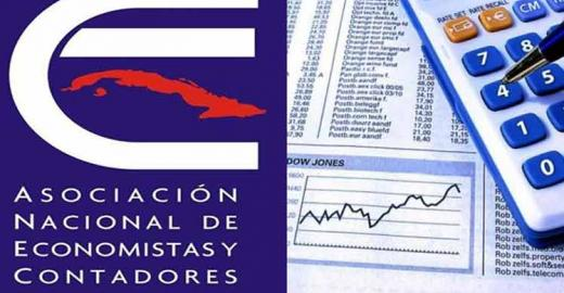Felicitaciones a los economistas del organismo y miembros de la ANEC