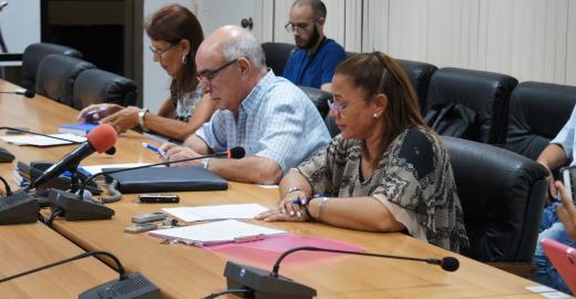 Cuba habilita uso, por la población, de  Redes alámbricas y Wifi