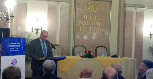 Pese a Trump, Cuba y Estados Unidos tienden puentes en materia de TIC