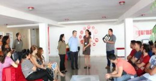 Ministro de Comunicaciones visita a Segurmática