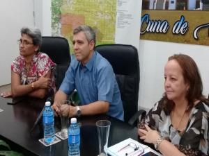 Ministro de Comunicaciones proceso de informatización en Santiago de Cuba