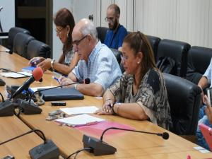 The Ministry of Communications of Cuba enables the use, by the population, of wired and wireless networks