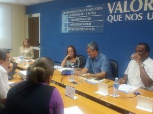 Ministro de Comunicaciones inversiones en municipios de Santiago de Cuba