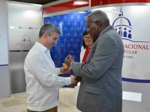 Ministro de Comunicaciones entre los nuevos diputados a la ANPP